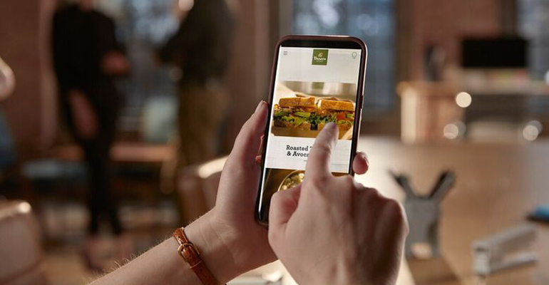 Panera Bread grows in-house delivery service to 1,300