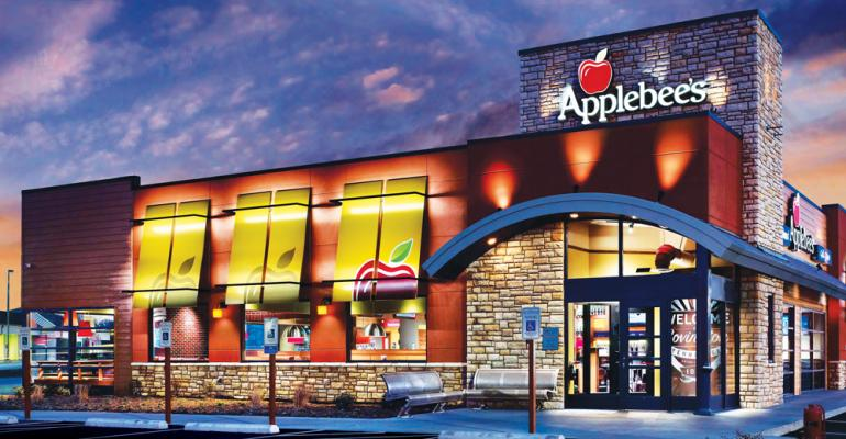Applebee's storefront.jpg
