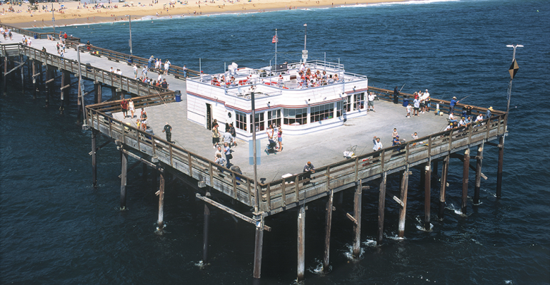 Balboa_on_Pier.png