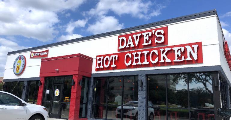 Dave_s_Hot_Chicken_-_Dallas_-_Exterior.jpg