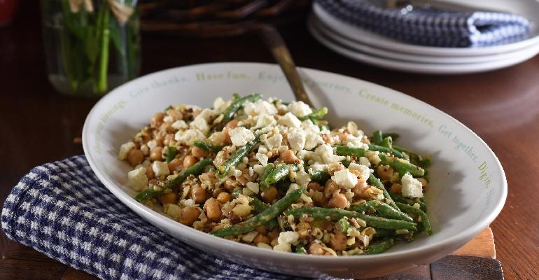 Dream_Dinners_0953i_Mediterranean_Salad_with_Chickpeas_and_Feta.jpg