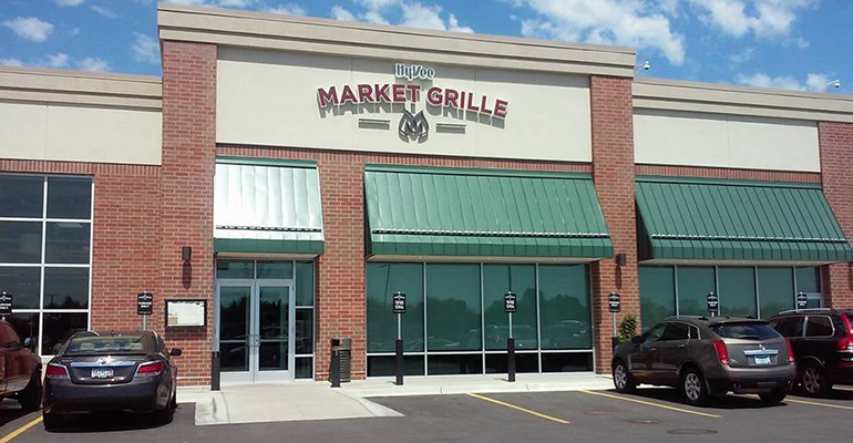 Hy-Vee_Market_Grille_restaurant-exterior.png