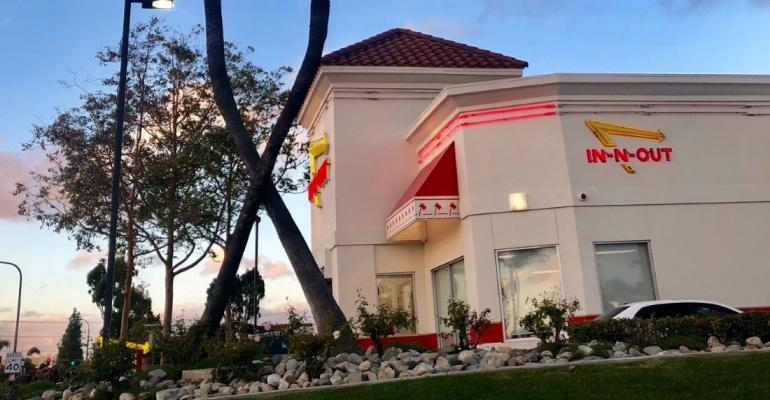 In-N-Out-closes-dining-rooms.jpg