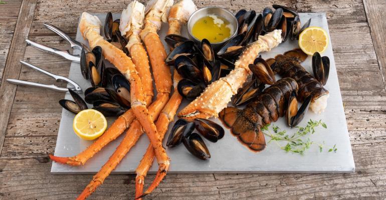 Landry's-Kitchen-Seafood-Tower-1400.jpg
