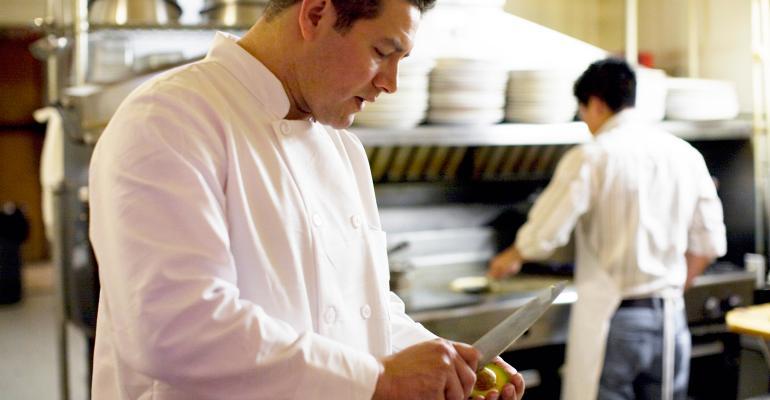 restaurant workers kitchen