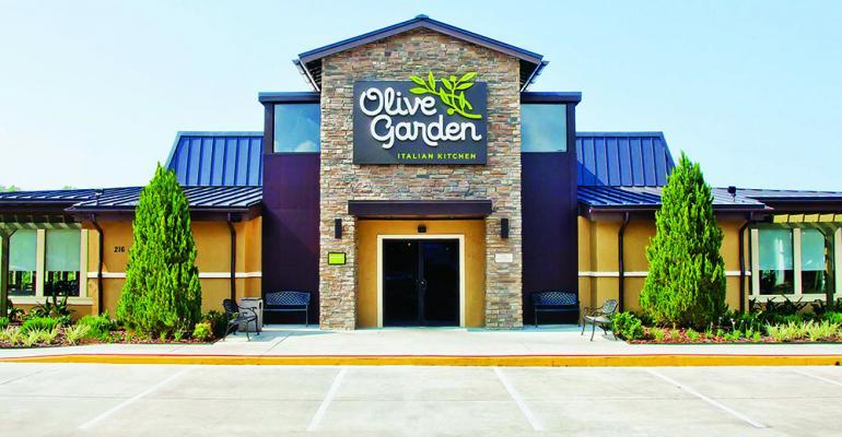 Olive Garden_exterior_2016_cb.jpg