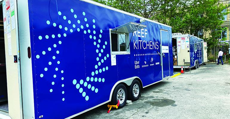 Reef_Kitchens_trailers_2020_c.jpeg