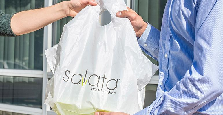 Salata-Delivery.jpg