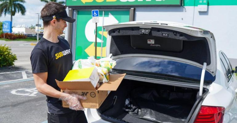 Subway_Grocery-Contactless-Curbside-pickup.jpg