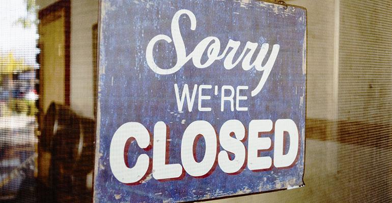economic-recovery-far-away-for-restaurants.jpg