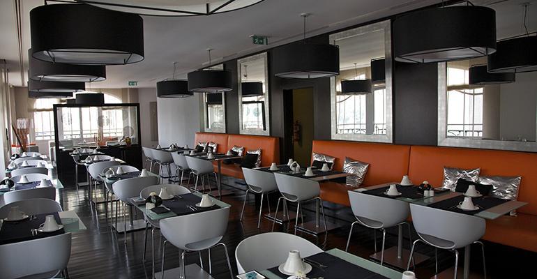 empty-restaurant-coronavirus-pandemic.jpg