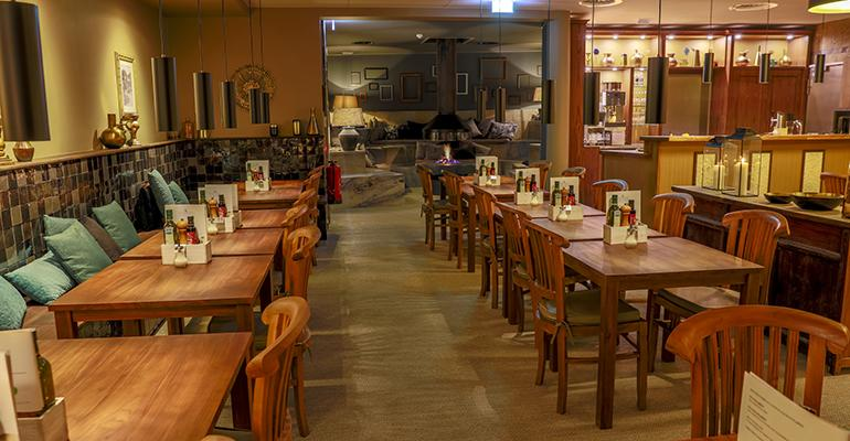 empty-restaurant.jpg