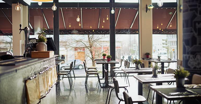 slow-restaurant-sales-june.jpg