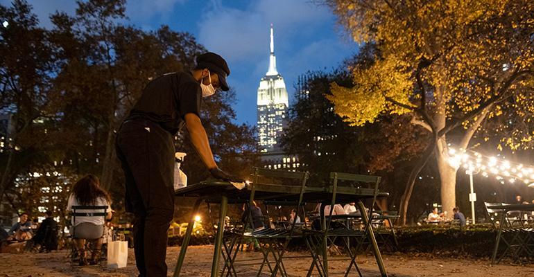 nyc-restaurants-have-10pm-curfew.jpg