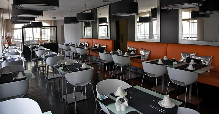 restaurant-decline-coronavirus.jpg