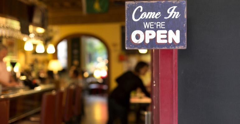 restaurant-reopen-covid.jpg