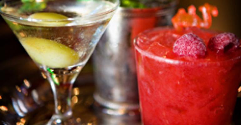 Restaurateurs seek to elevate sales by piloting cocktail flights
