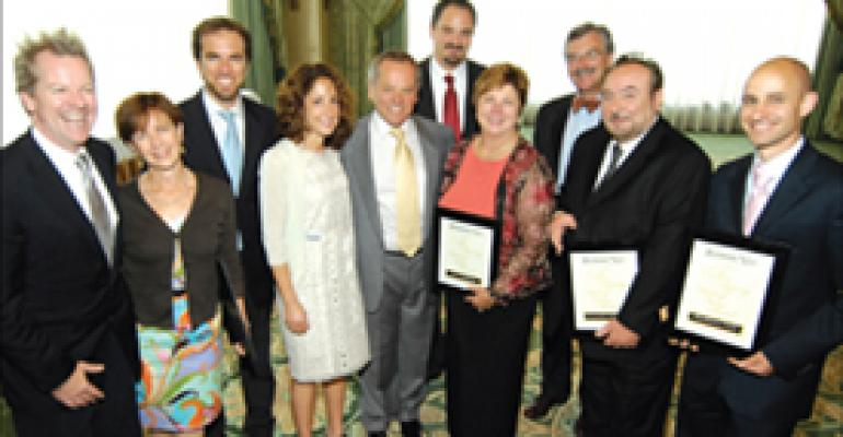 'Legend' Puck, industry pioneers join Fine Dining Hall of Fame