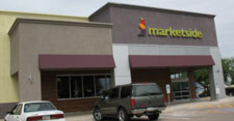 Wal-Mart eyes restaurants' turf with new Marketside concept