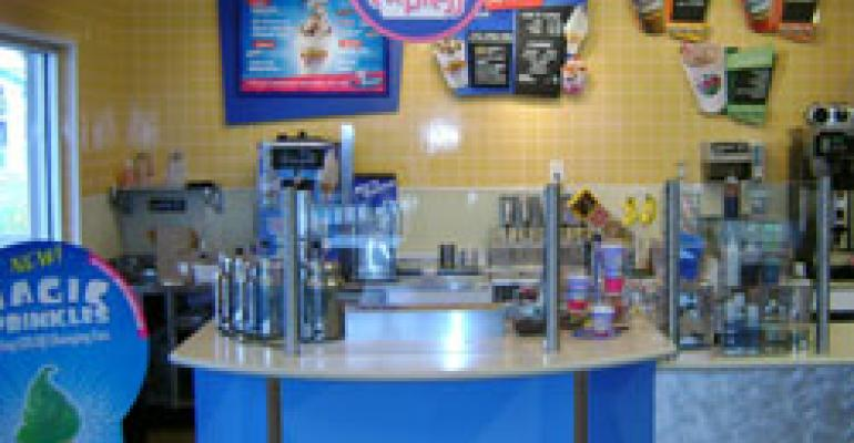 Baskin-Robbins targets on-site venues with express unit