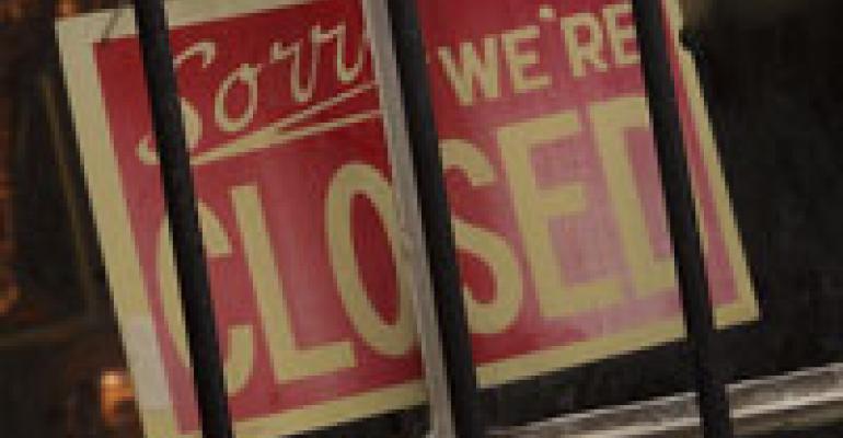 Recession puts dent in U.S. restaurant count