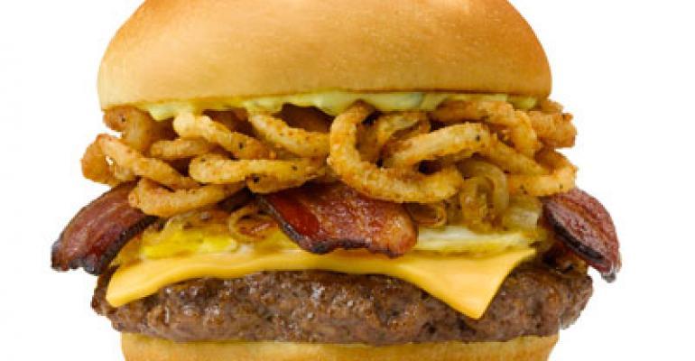 Smashburger hires int'l, marketing execs