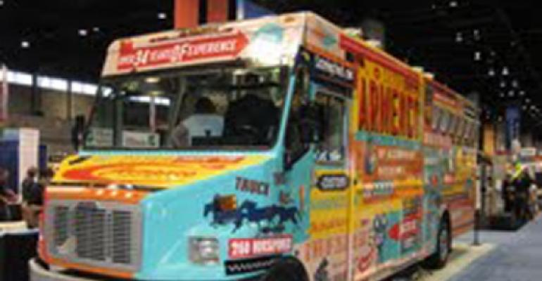 Chicago mayor introduces food truck ordinance