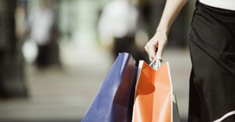 Early holiday shopping forecasts suggest good news for restaurants
