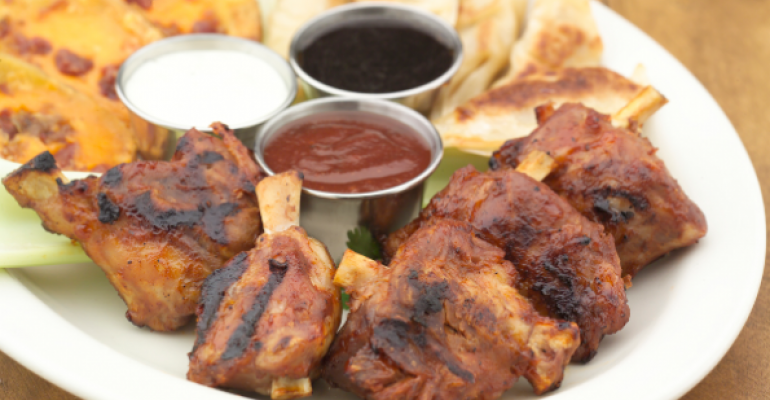 Chicken Wings Are So Expensive That Some Restaurateurs Are