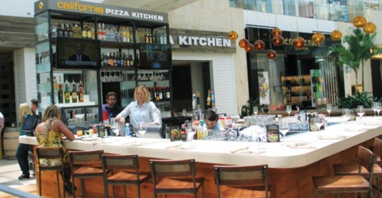 Restaurants drawn to revamped retail centers