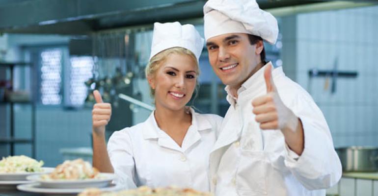 People Report: Restaurant industry labor market tightening