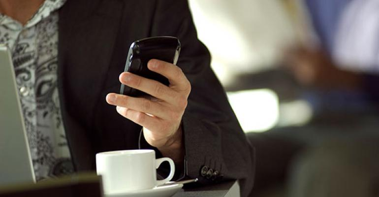 Are smartphones ruining the restaurant experience?
