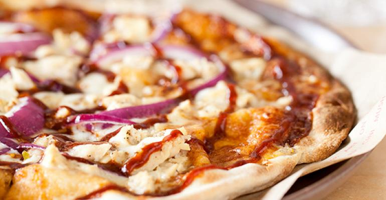 Fast-casual pizza is no threat to traditional chains