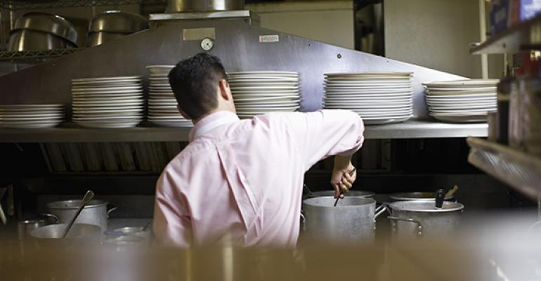 People Report: Staffing continues to pressure restaurant operators