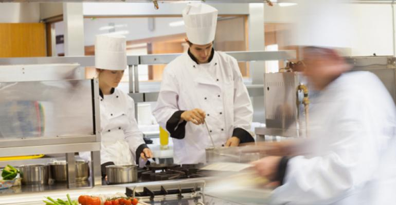 NRN predicts 2016 restaurant operations trends