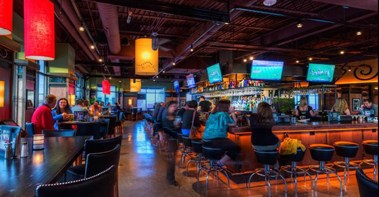 Bar Louie Cultivates Local Roots Nation S Restaurant News
