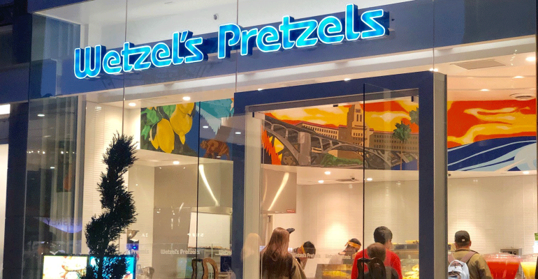 Wetzel's Pretzels exterior