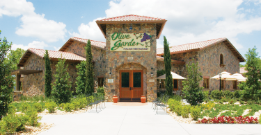 Darden CEO dampens acquisition speculation