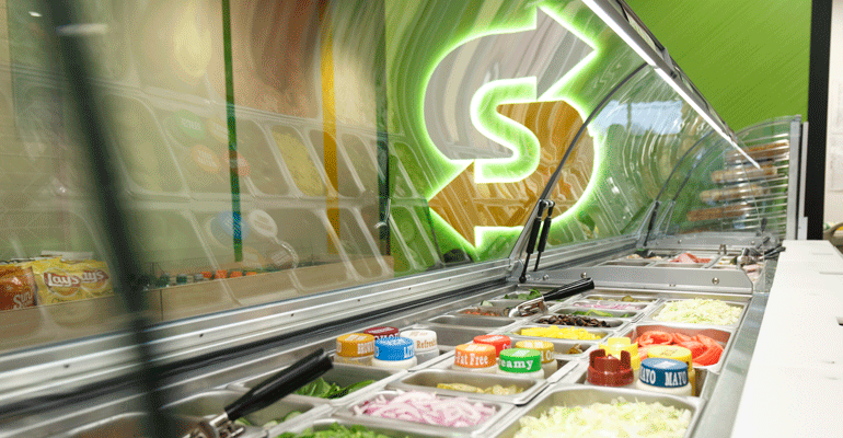 subway-fresh-forward-counter.png