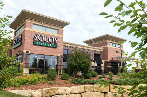 Solos Pizza Café recently began offering franchise opportunities.