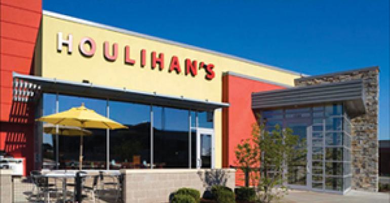 Houlihan's targets 'divas' to promote bar as destination spot