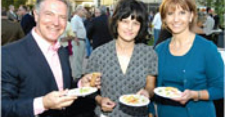 Conferees savor a 'Taste of L.A.' at opening-night reception