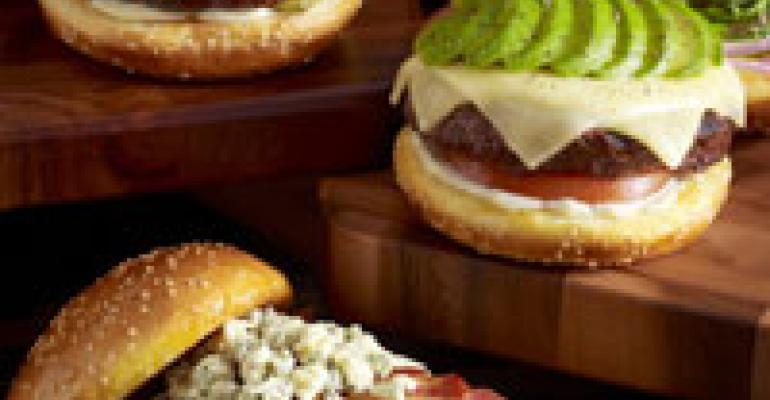 Cheesecake Factory cooks up 'Glamburgers'