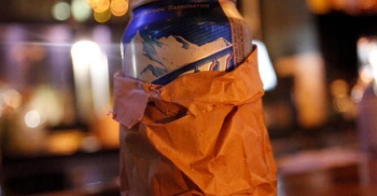 Restaurants, bars putting canned beer back on the menu