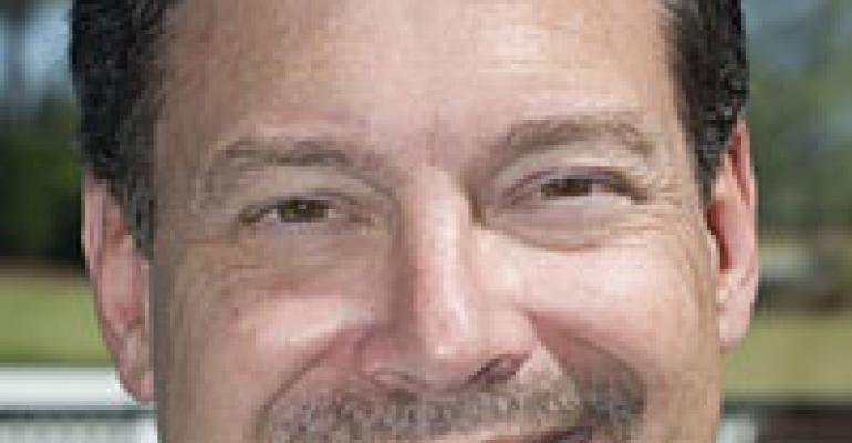 Twin Peaks hires Hooters veteran Rick Akam