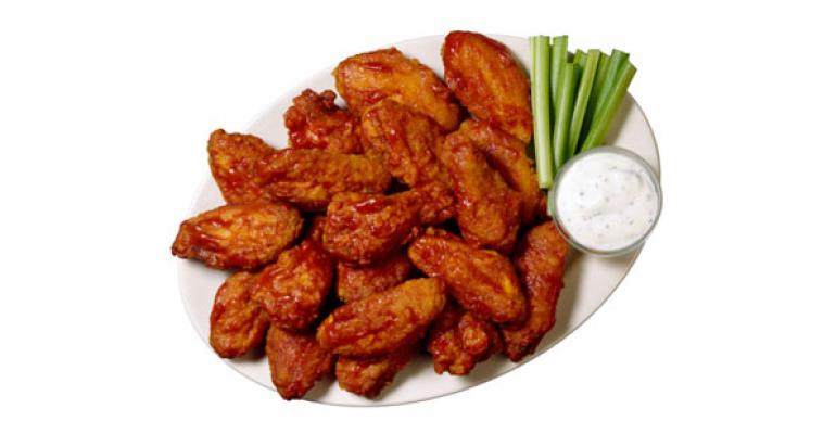Commodity costs favorable for chicken wing chains in 2014