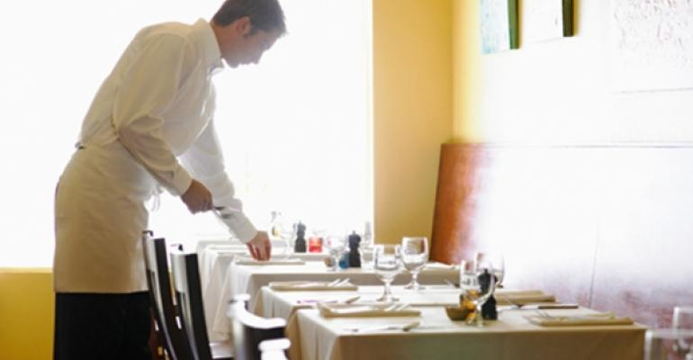 Report: Restaurant same-store sales rise 1.7% in August