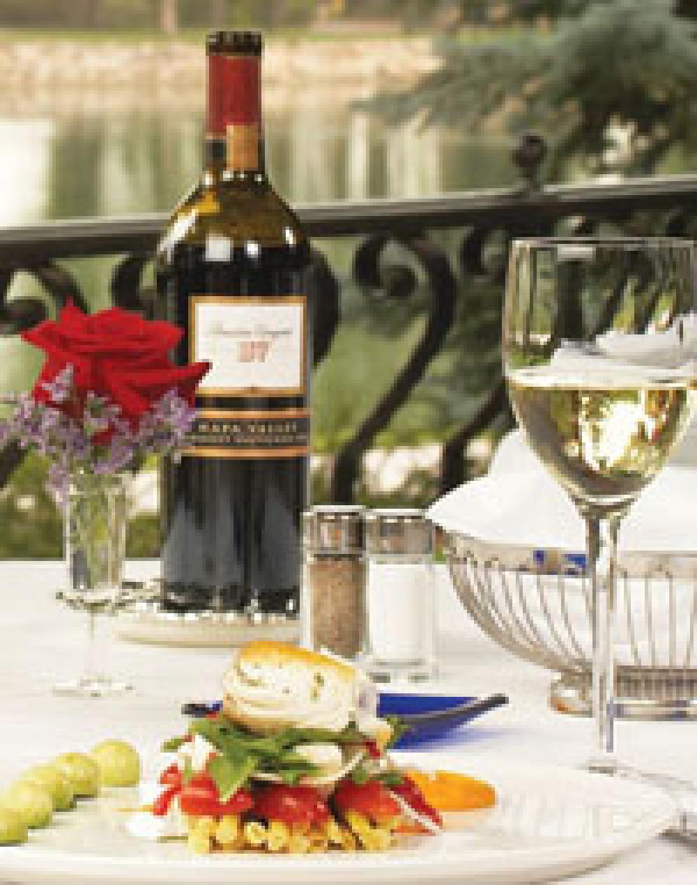 Budget-wary travelers' summer plans concern U.S. dining destinations