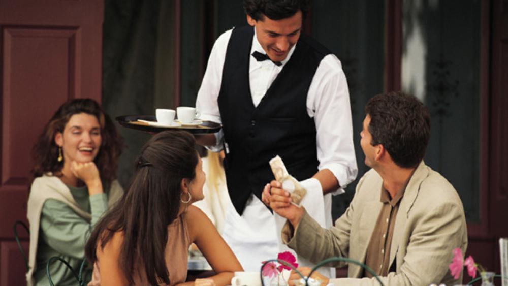 Nancy Kruse, Bret Thorn address service levels at restaurants