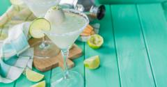 Monin_March_CocktailsDessert -iStock-642304694